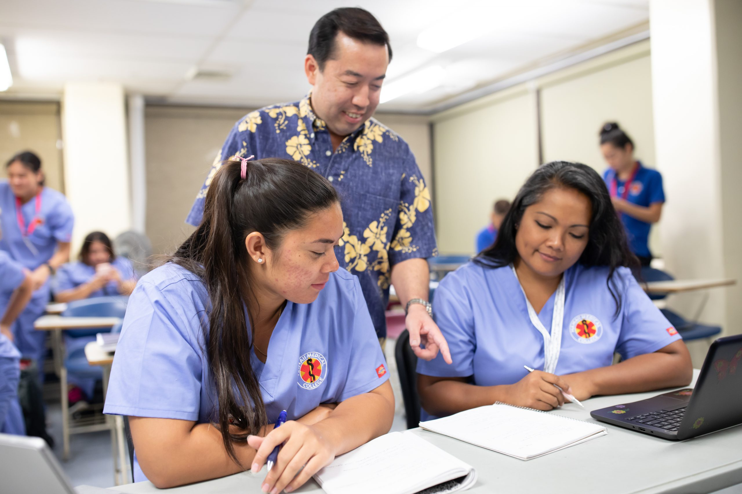 Hawaii Medical College Clinical Medical Assistant AAS Degree